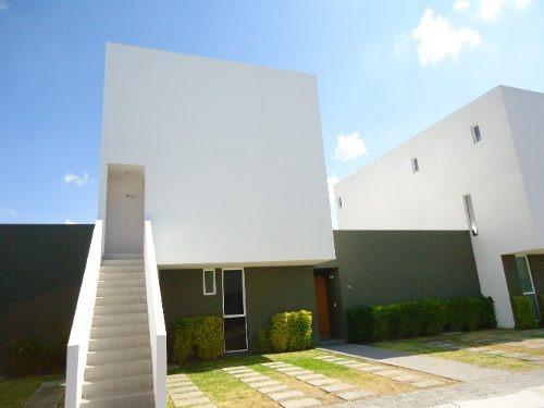 Renta Casa 2 Recamaras Sala Tv El Mirador Privada Alberca
