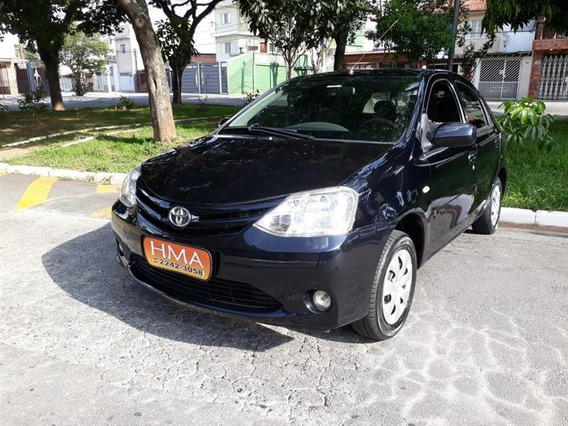 Toyota Etios 1.5 Xs Sedan Manual Flex /2013