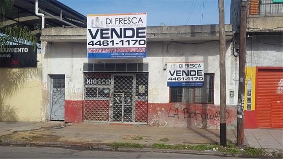 Casa Con Local Sobre Amplio Lote *exclusiva Zona Comercial*