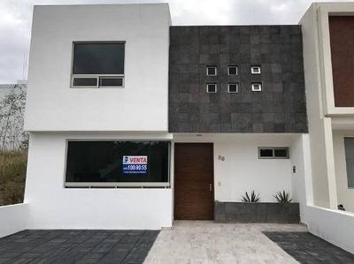 Vk/ Casa Nueva En En Paseos De Parque Tres Marias