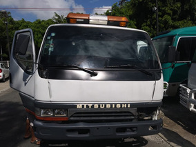 Mitsubishi Camion Grua 99