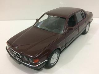 Miniatura Bmw 750il 1/24 1989 Schabak
