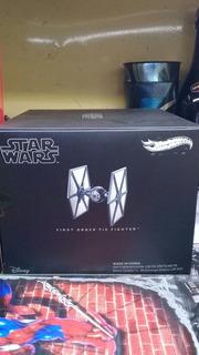 Star Wars Frist Orden Tie Fighter Hotwheels