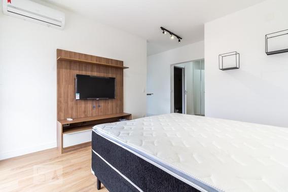Studio No 19º Andar Mobiliado Com 1 Dormitório E 1 Garagem - Id: 892946143 - 246143