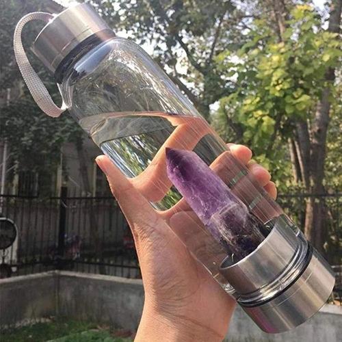 Imagen 1 de 4 de Botella De Agua Con Cristal Energético De Cuarzo Violeta