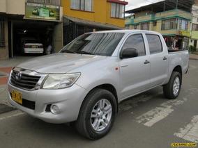 Toyota Hilux 2500cc Mt 4x4 2ab Fe