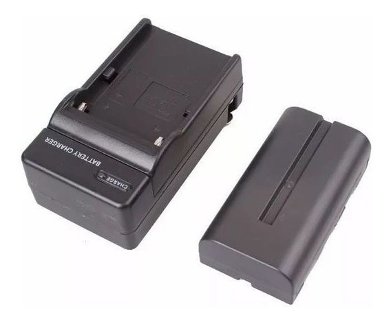 Bateria + Carregador Np-f550 P/ Iluminador De Led Cn 160/126