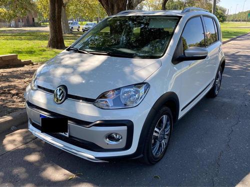 Volkswagen Up! 2018 1.0 Cross Up!
