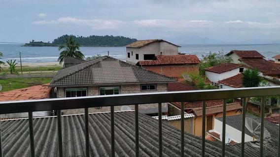 Casa Com 3 Andares (duas Casas) E O Terraço