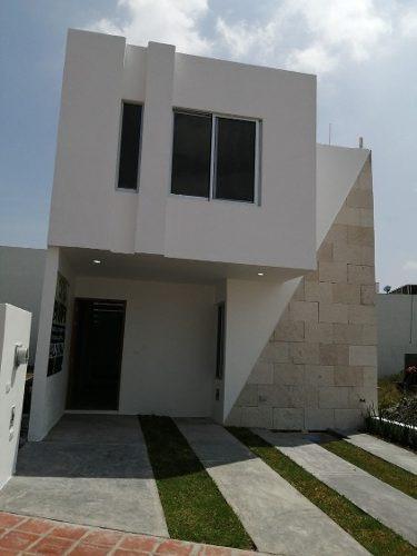 Preciosa Casa En Pedregal De Schoenstatt, 4ta Recamara En Pb, 3 Baños Completos