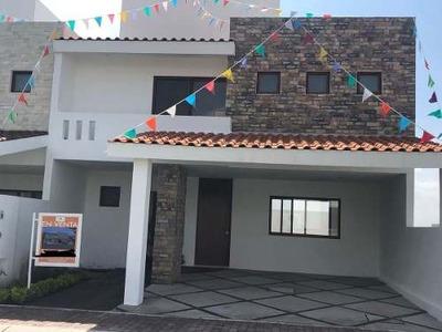 Hermosa Casa En Venta En Fracc Condesa Juriquilla Qro Mex