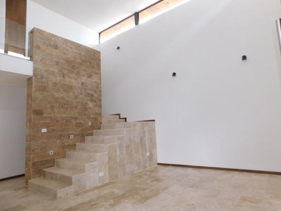 Casa En Venta En Cordillera Residencial Con Salón De Juegos.