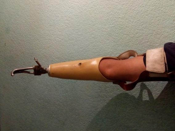 Protesis De Mano Derecha En Buen Estado