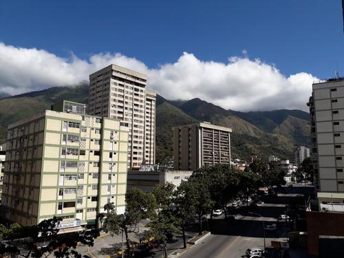 Imagen 1 de 14 de Oferta De Oportunidad De Apartamento En El Marqués.