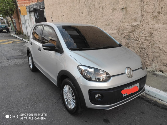 Volkswagen Up! 1.0 Track 5p 2017