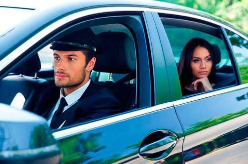 Imagem 1 de 5 de Motorista Executivo