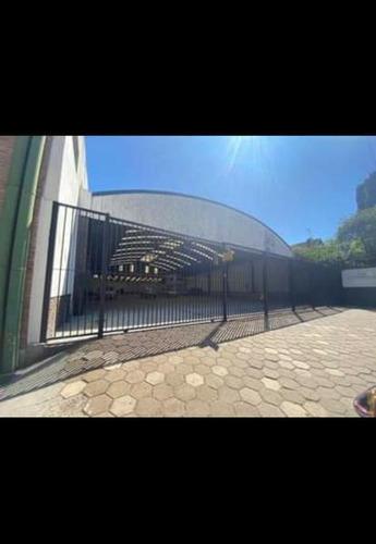 Imagen 1 de 8 de Lencke Alquila - Local Sobre Amplio Lote En Libertador Casi Del Arca