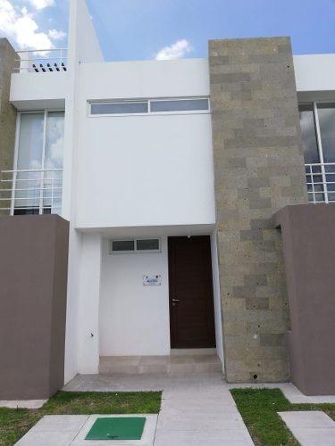 Estrena Casa Hermosa Entre El Refugio Y Zibatá, 3 Recamaras, 2.5 Baños, Jardín..