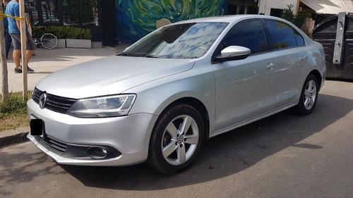 Volkswagen Vento Luxury 2.5 - Impecable!