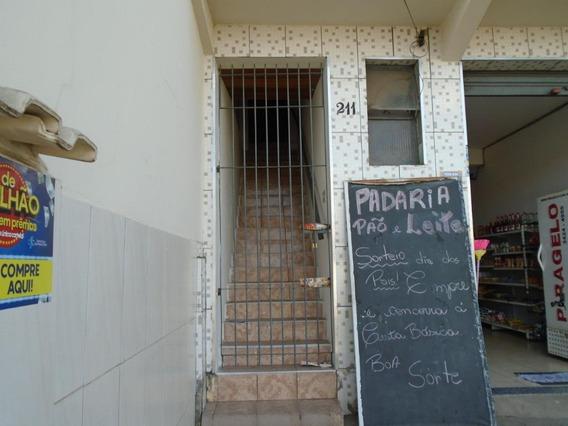 Casa Com 2 Dormitórios Para Alugar, 80 M² Por R$ 700,00/mês - Iaa - Piracicaba/sp - Ca3196