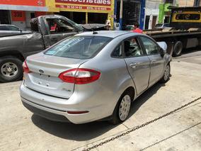 Yonke Ford Fiesta Estandar 2014 Partes Huesario Refacciones