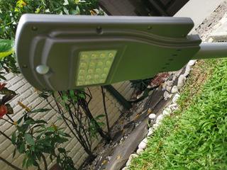 Lampara Solar Led 20w Con Sensor De Movimiento