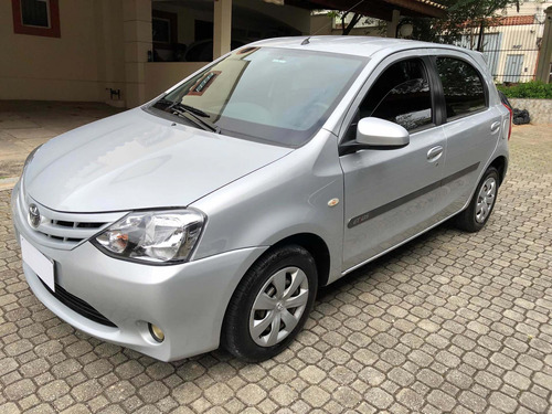 Toyota Etios Etios 1.5 16v Xs