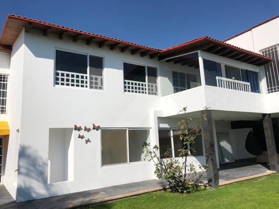 Amplia Casa En Renta, Tabachines, Real De Juriquilla.