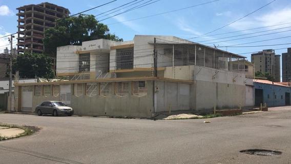 Casa Comercial Alquiler Cecilio Acosta Mls #19-19524