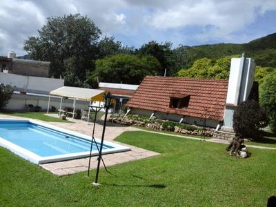 3 Casas + Quincho + Pileta. Ideal Renta O Complejo