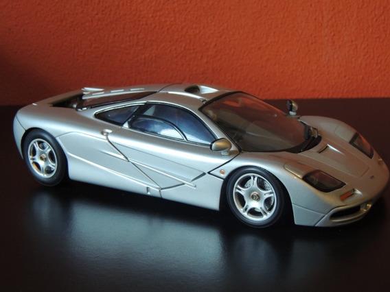 Miniatura Mclaren F1 Prata 1:18 Ut Model