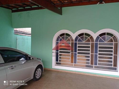 Ótima Casa Com Terreno Inteiro No Jd. Ismenia - Ca0795