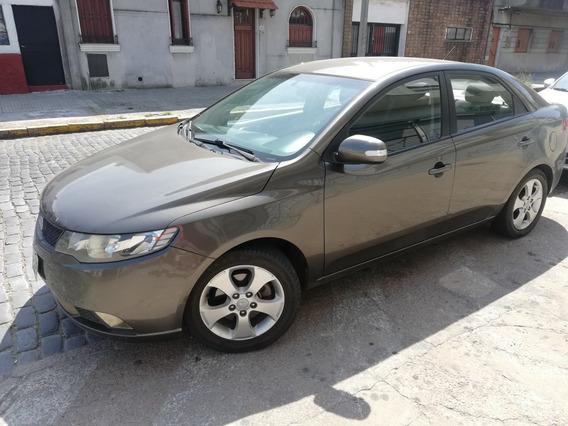 Kia Cerato 1.6 Forte Premium 2011