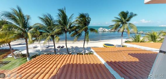 Casa Remodelada En Venta/renta, 5 Recámaras, Frente Al Mar, Zona Hotelera, Cancún