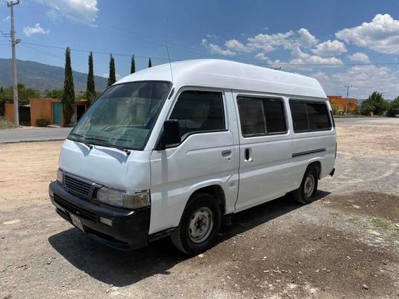 Nissan Urvan Cargo-van