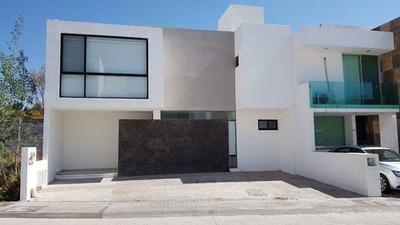 Casa Renta Centrica Coto Fraccionamiento Privado En Milenio Iii Queretaro