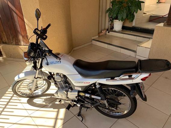Oportunidade!! Suzuki Gs 120 (2017) - Branca - Impecável!!