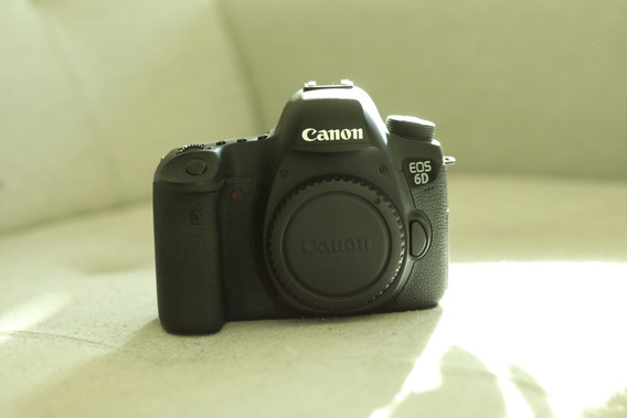 Câmera Canon Eos 6d - 72k Cliques - Nova