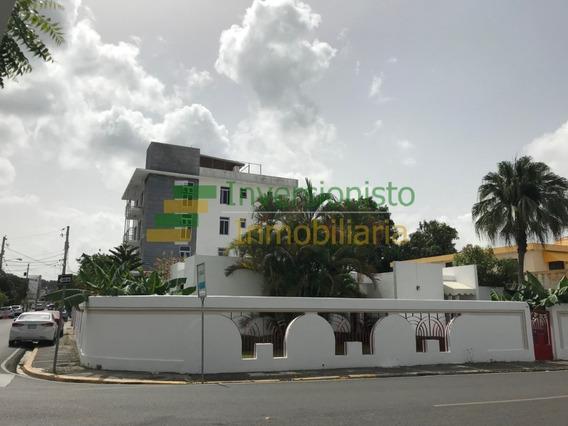 Casa Como Local Comercial En Los Jardines Con 350 Mts2 Dispo
