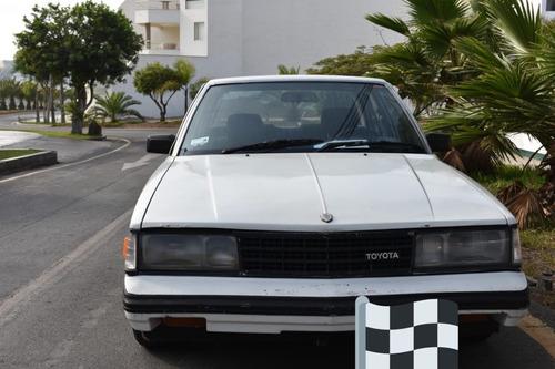 Imagen 1 de 12 de Toyota Corona Blanco