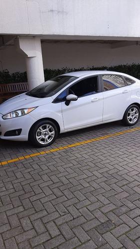 Ford  New Fiesta Sedan Power Shift  1,6 16v