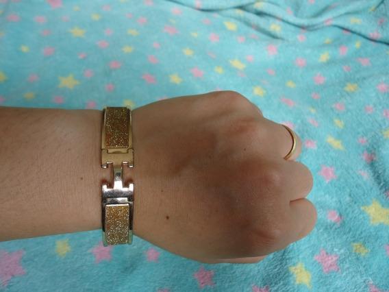 Bracelete Pulseira Clic H Enamel Dourada Usada