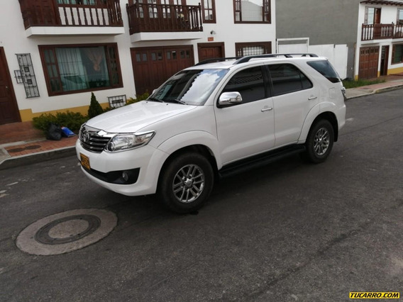 Toyota Fortuner Srv 2.7cc At 4x4 Aa