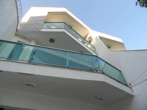 Casa Geminada Com 3 Quartos Para Comprar No Cabral Em Contagem/mg - 898