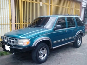 Ford Explorer 4x2 Año 99
