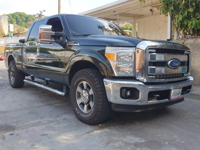 Ford F-250 Doble Cabina Xlt 4x2