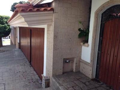 Excelente Residencia En Venta En Fraccionamiento Montebello!!!!!! Conocela Y Te Enamorarás....