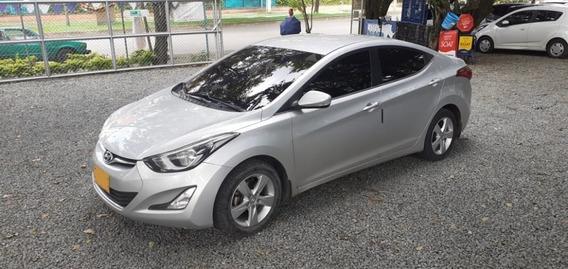 Hyundai Elantra I35 Motor 1.6 2015 Plata 4 Puertas