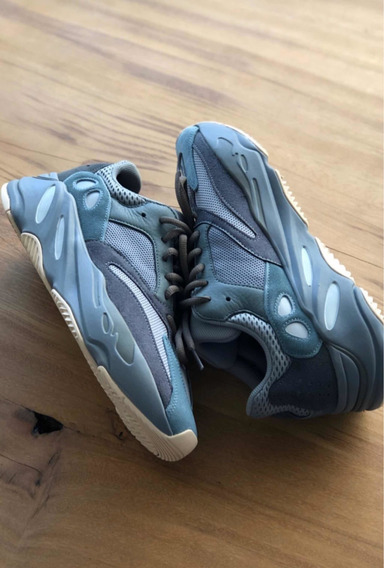 Yeezy 700 Teal Blue - Tag Br - 43