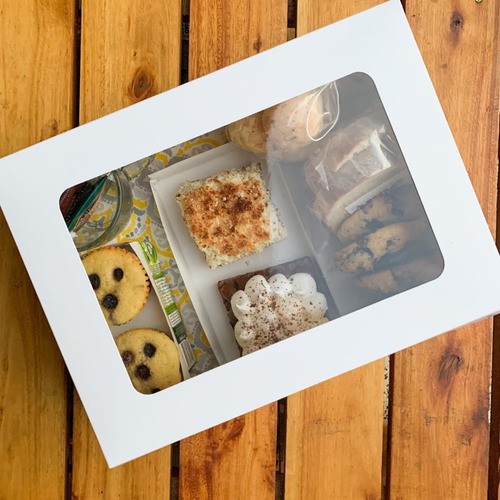 Caja Para Desayuno / Multiuso .c/visor Pack X 30 Unidades